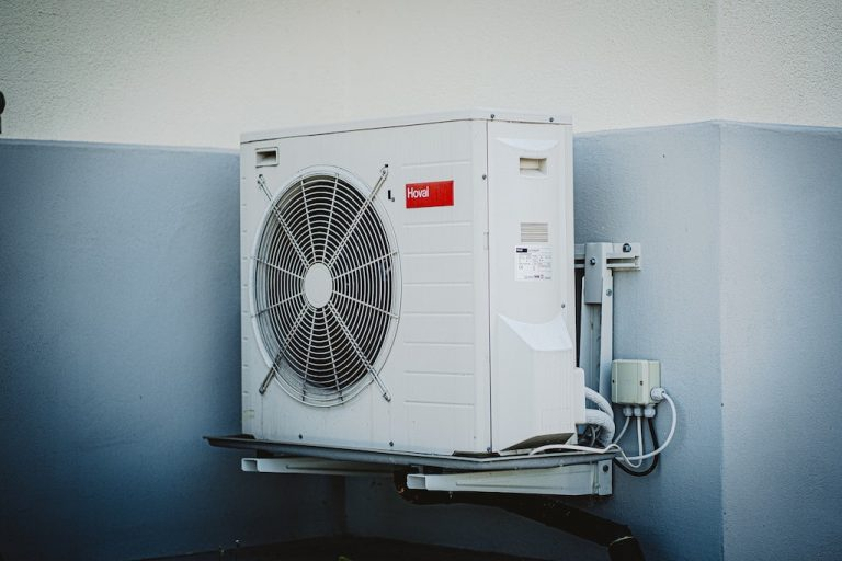 6 Reasons to Consider a Career Change Into HVAC